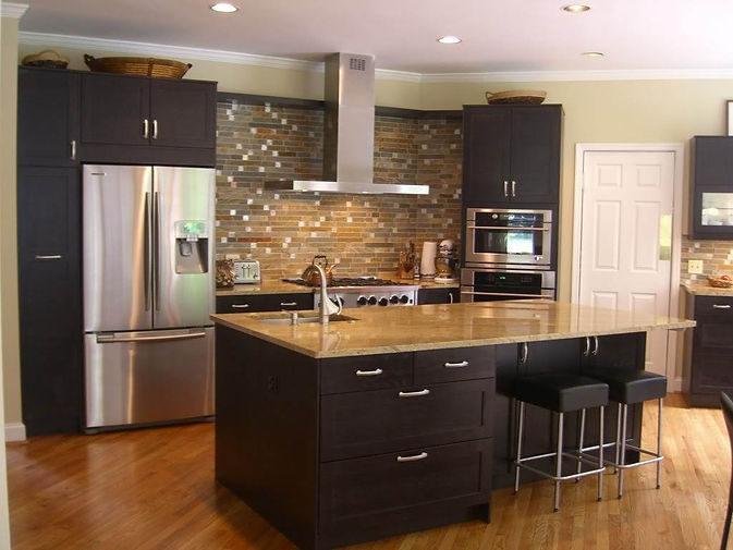 HOMESHINE.COM - KITCHEN.jpg