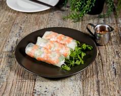 Prawn Rice Papper Rolls