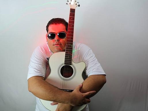 Show – Tributo a Tim Maia com Jonathan Neves neste sábado no Blues Bar