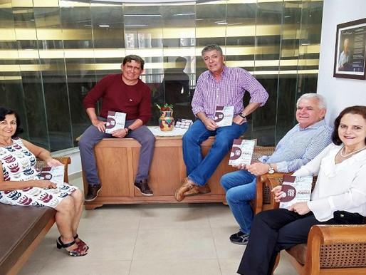 """Literatura – Poetas lançam """"Vertentes: Nossos Poemas"""" dia 10"""