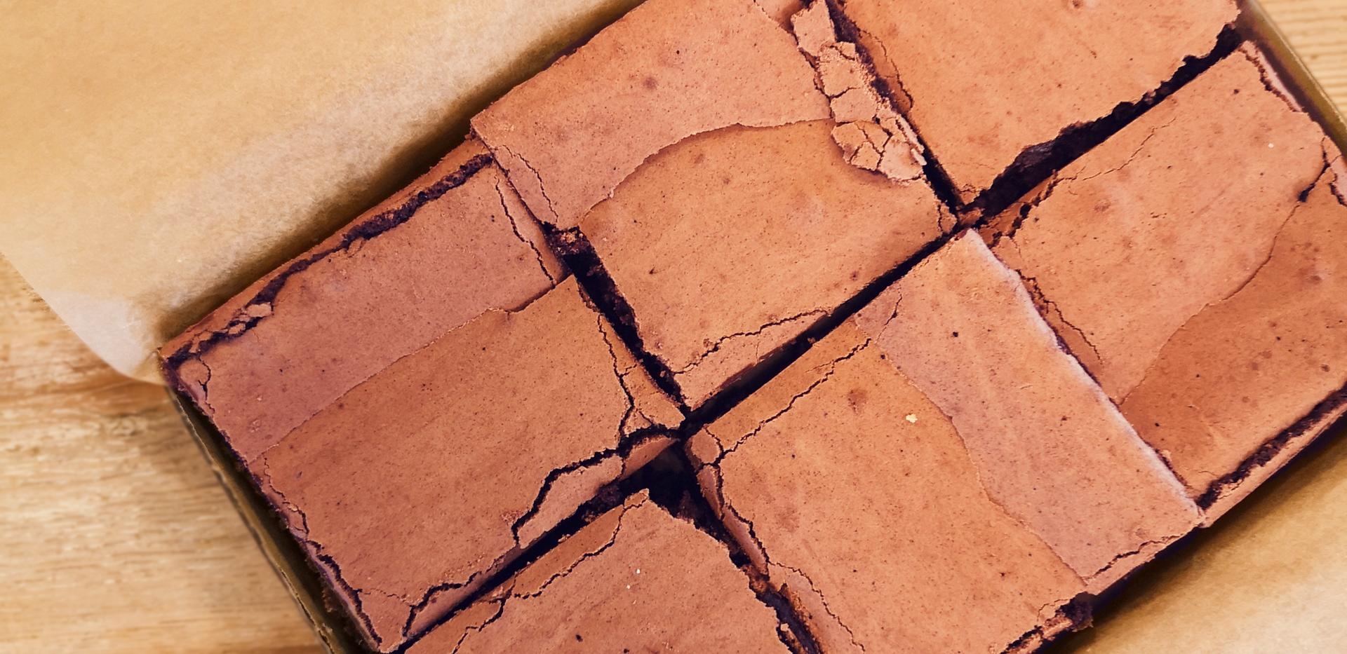 Brownies boxed.png