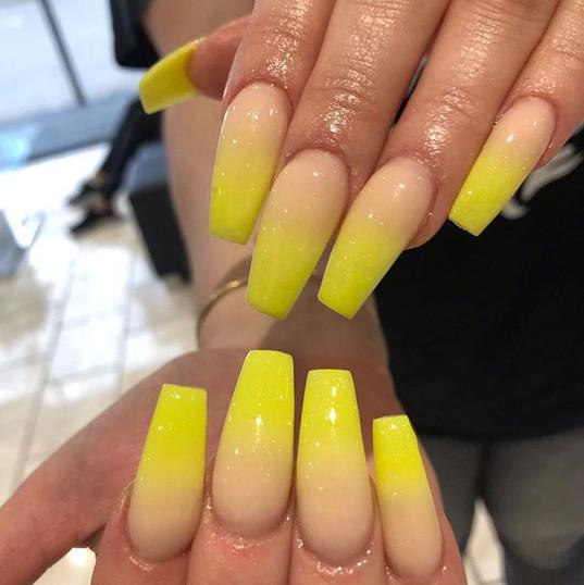 Full set Ombré ._._._._._#nailpro #nails