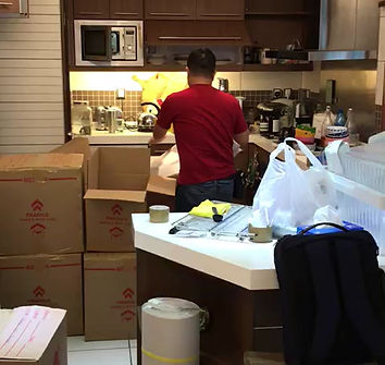 Packers of Wilcan packing goods professionally