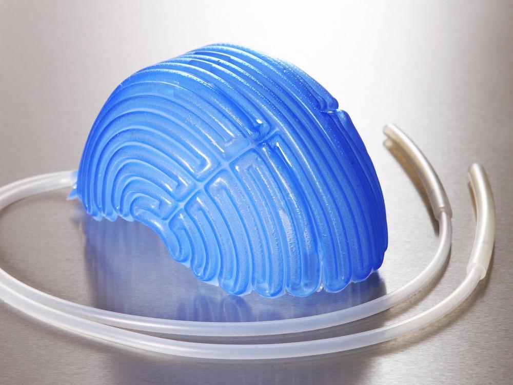 Touca de silicone (paxman) para crioterapia.