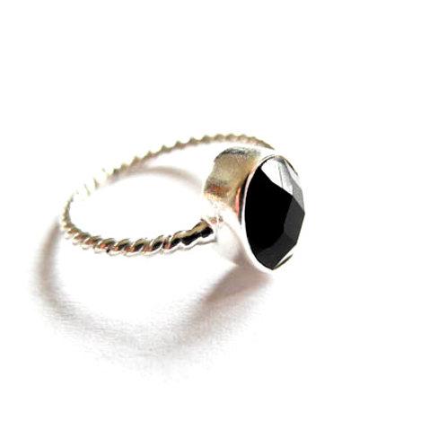 """Ring """" schwarzer Spinell """""""