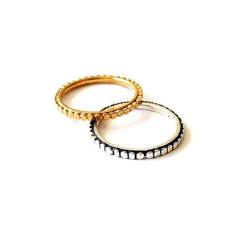 """Ring """"Dot"""""""