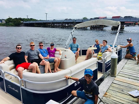 boat-rentals-sharks-cove-watersports-fen