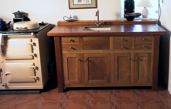 Lindasy Fold Kitchen