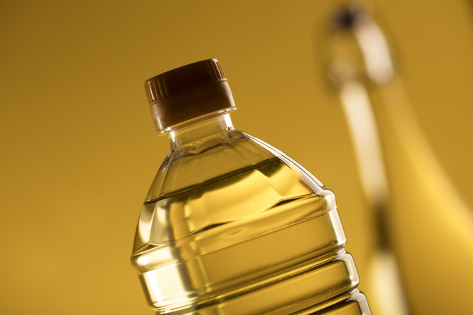 Why Vegetable Oil Is So Bad For You (and the healthy alternatives you can opt for instead).