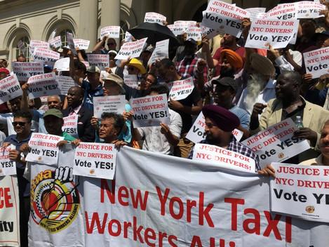 ニューヨーク市、ライドシェア台数規制に動く