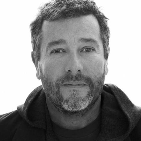 Philippe Starck : Ο ταλαντούχος designer που άλλαξε για πάντα την έννοια του αστικού ξενοδοχείου.