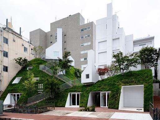 Ξενοδοχείο ''shiroiya''. Ο Sou Fujimoto χτίζει μια πράσινη πλαγιά στο κέντρο της πόλης