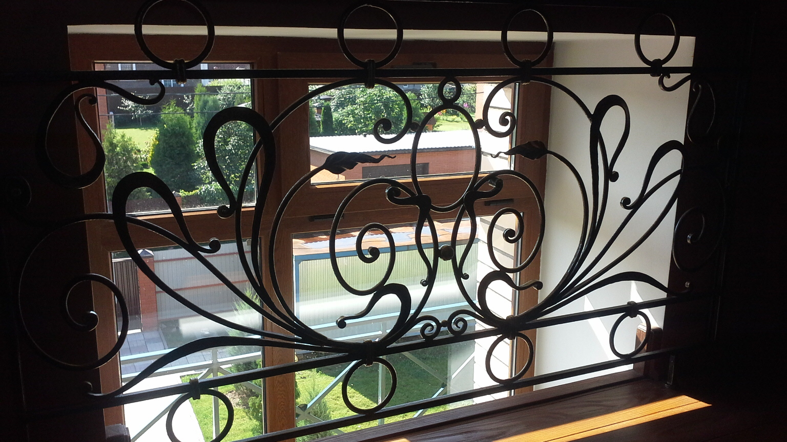 защитный экран окна