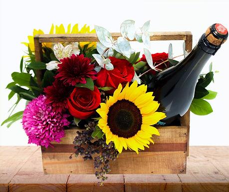 Box Girasoles, Rosas, Suculenta, Trueno y Botella de vino