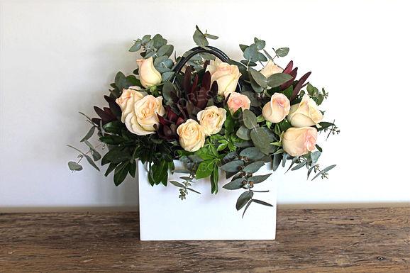 Bolsa de madera rosas y zafari