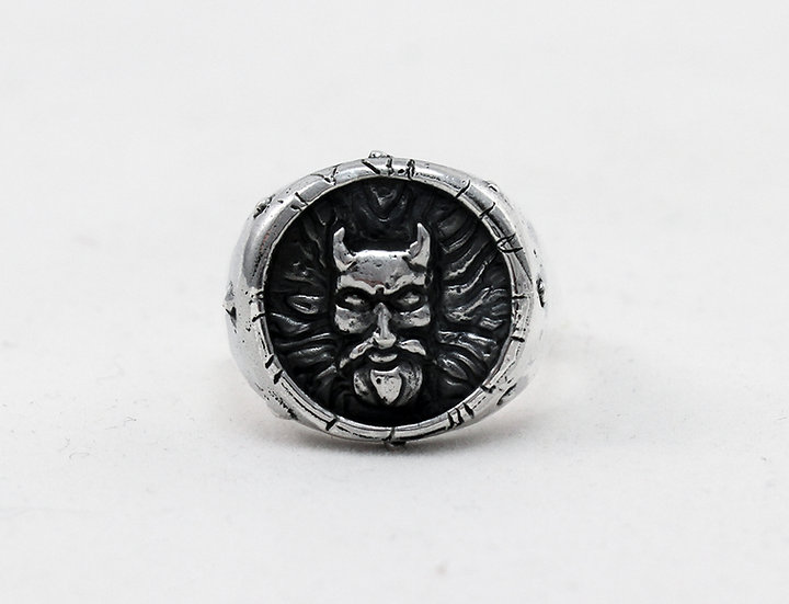 """The Official Weedeater """"Goliathan"""" Ring"""