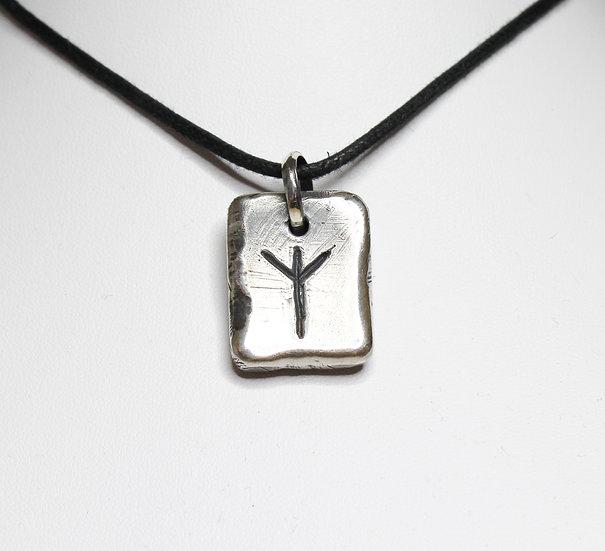 Algiz – Elk Rune Pendant