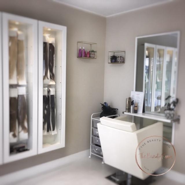 Salon binnen 1.jpg