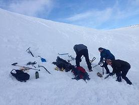 18-02-24 Snowholing Haken 01.jpg