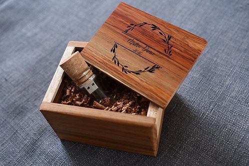 Pine / Kiaat USB box