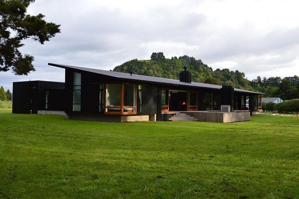 Designed by Tony Richardson ,Group Architecture, Retreat Waipiata,Riverside Retreat,Central Plateau,Mt Ruapeau