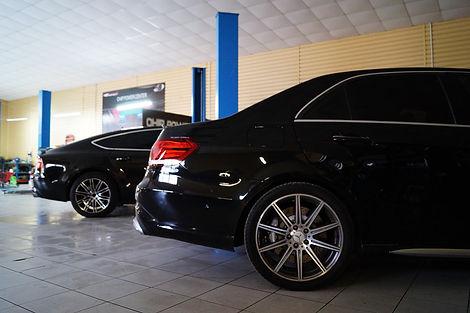 Mercedes E63, Audi A7