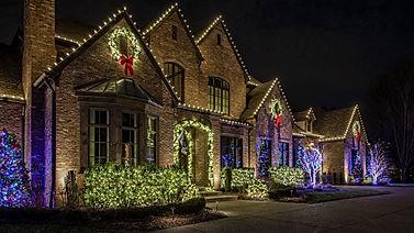 Holiday-Home-lit-by-Light-Up-Nashville.j