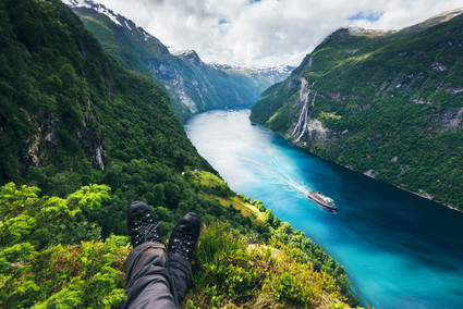 Geiranger_relax_copyright Havila Voyages