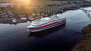 MS-Bergensfjord-along-the-coast-30-FJL-0