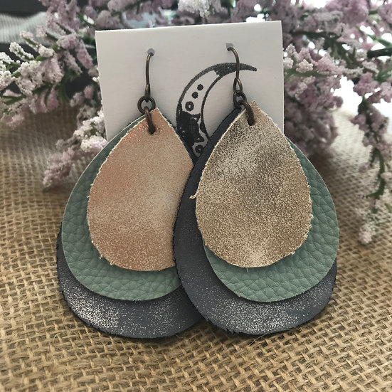 Amanda Link Leather Earrings