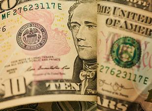picography-macro-paper-money-001-768x513