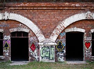 old_brick_building-1000x667.jpg
