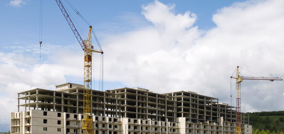 Строящийся жилой дом
