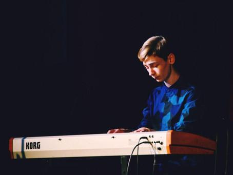 """Студенти спеціалізації """"Музичне мистецтво естради"""" на XVII Міжнародному фестивалі-конкурсі """"Сузір'я"""""""