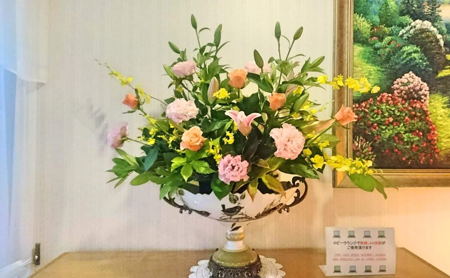ホテルフロント装花