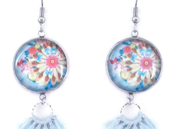 Boucles d'Oreilles- motif desigual et pompon bleu