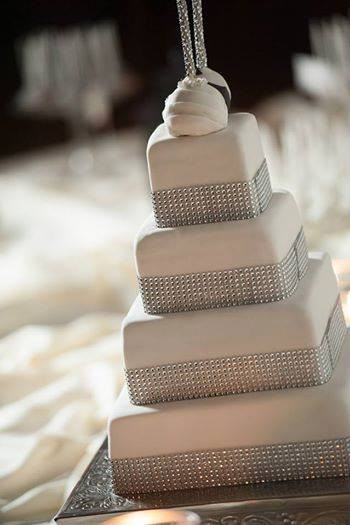 Victoria Sweets - Tiered Cake - 4.jpg