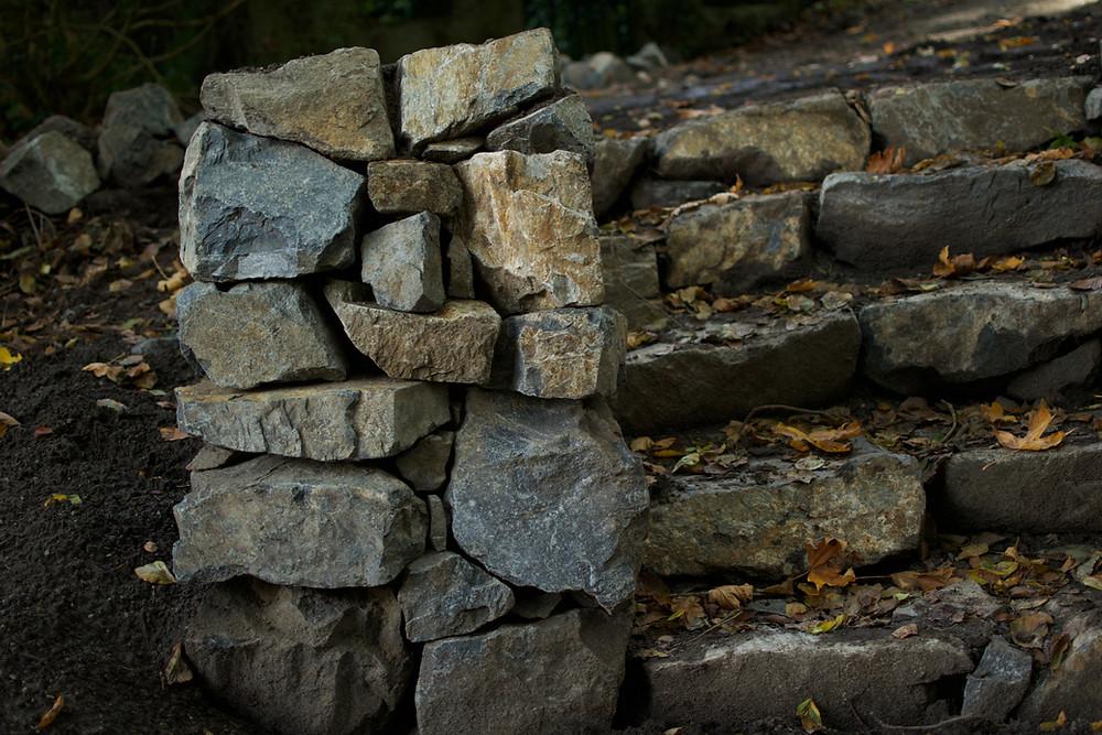 Lennox Masonry, Victoria BC, Stone Retaining Wall