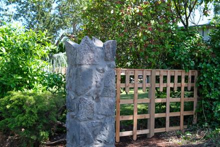 Stone Pillar, Lennox Masonry, Victoria BC, Masonry Contractor