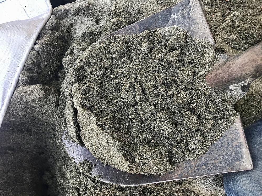 Shovel of Sand