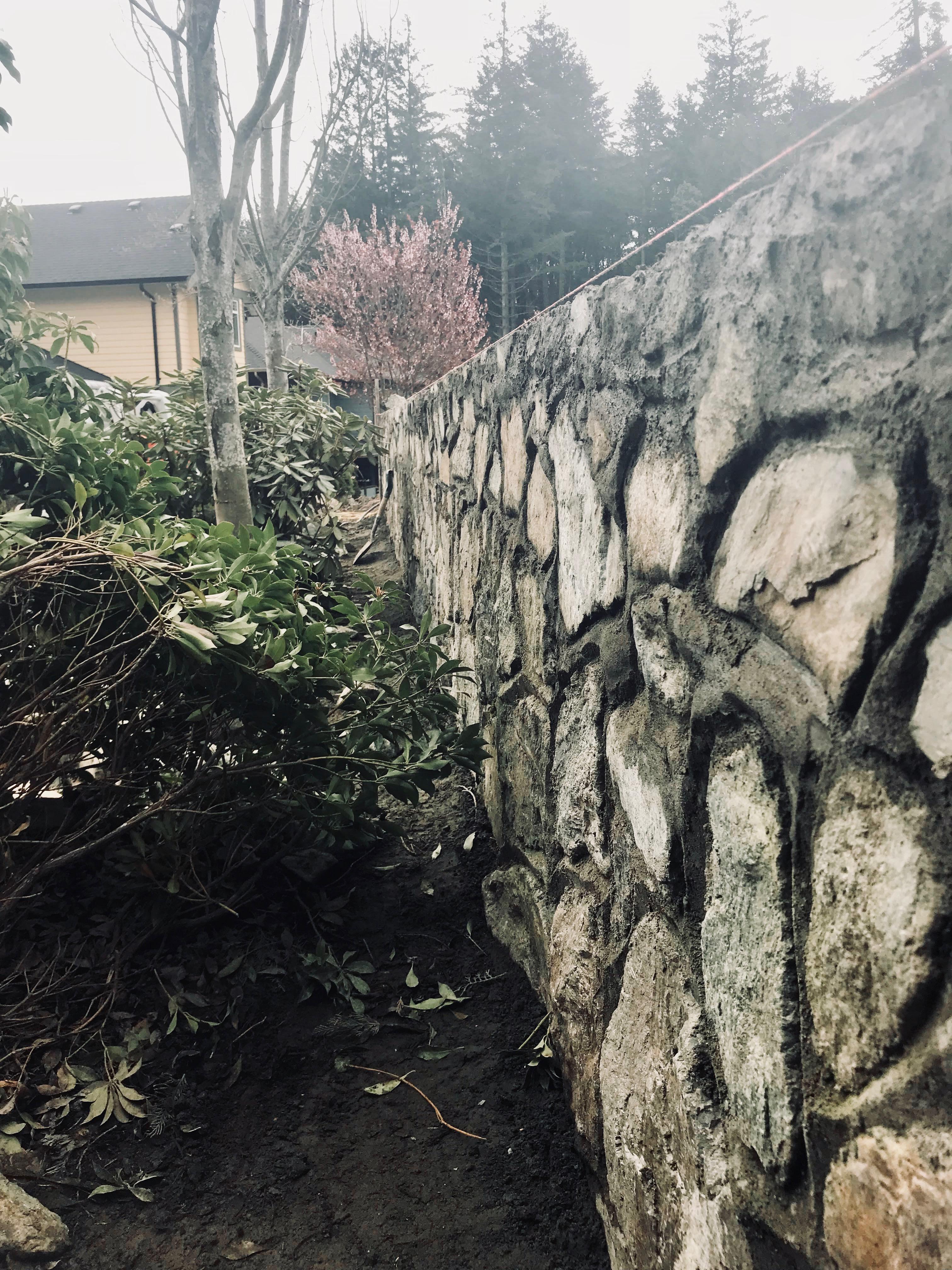 Stone Retaining Walls, Lennox Masonry, Victoria, BC, 2