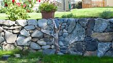 Combining Driftwood & Stonework
