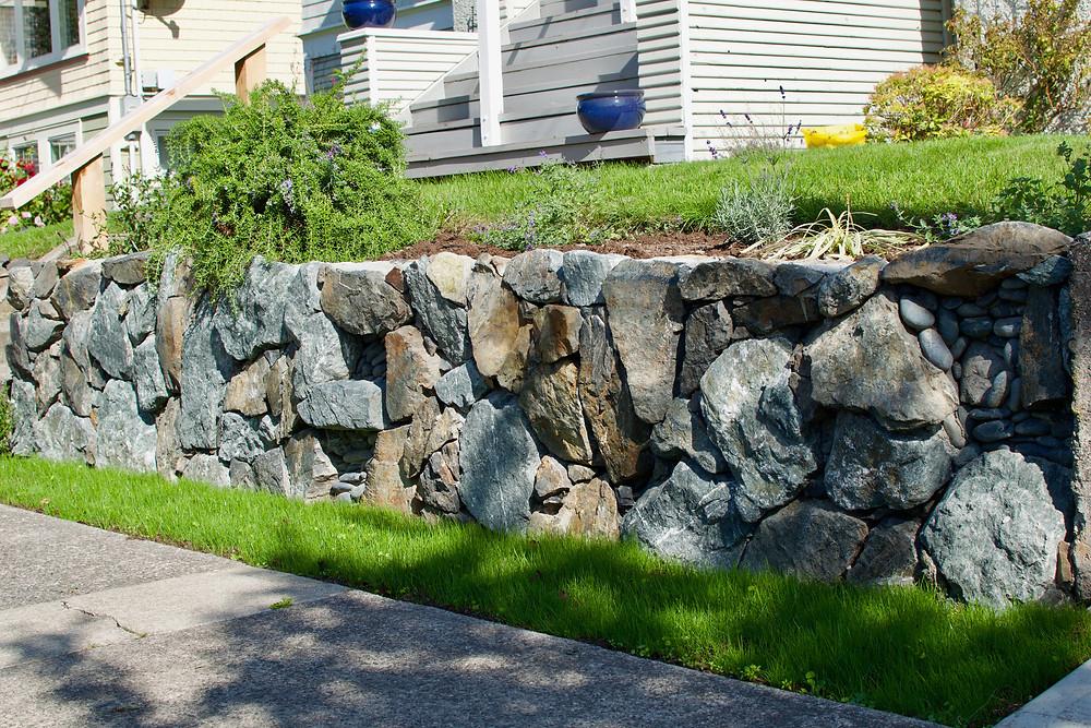 Stone Wall, Victoria BC, Lennox Masonry, Stonework