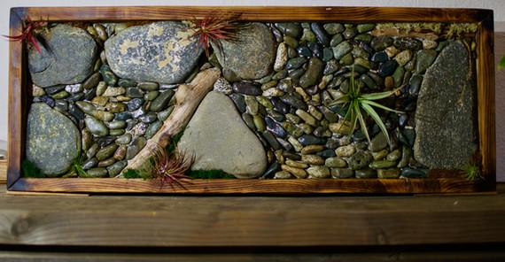 Stone Wall Feature, Lennox Masonry, Victoria BC, Masonry Contractor