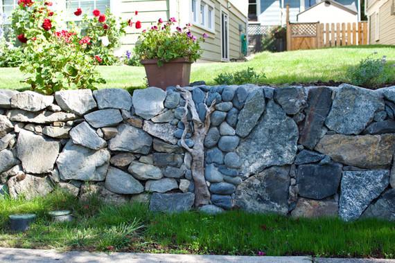 Stone Retaining Wall, Victoria BC, Lennox Masonry