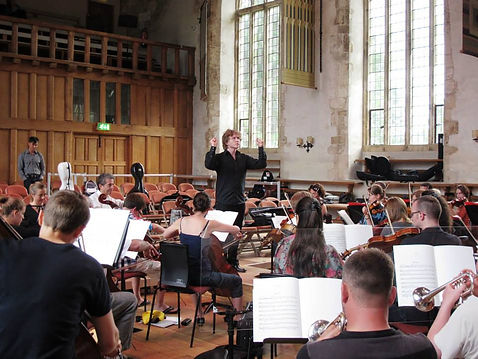 Noah Mosley conductng, Advance Conducting Fellow, Dartington International Summer School