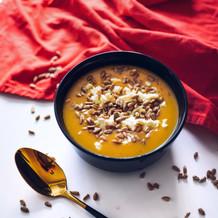 Dýňová polévka s balkánem