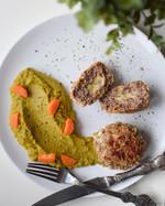 Masové karbanátky s mozzarellou a zeleninové pyré