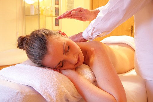 Relaxing and Deep Massage