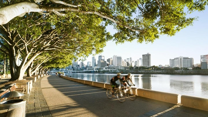 SouthBank_cycling_wide_min.jpg